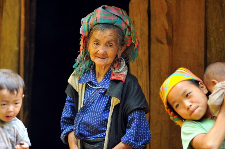 Grandmom and her children at her house in Mu Cang Chai.