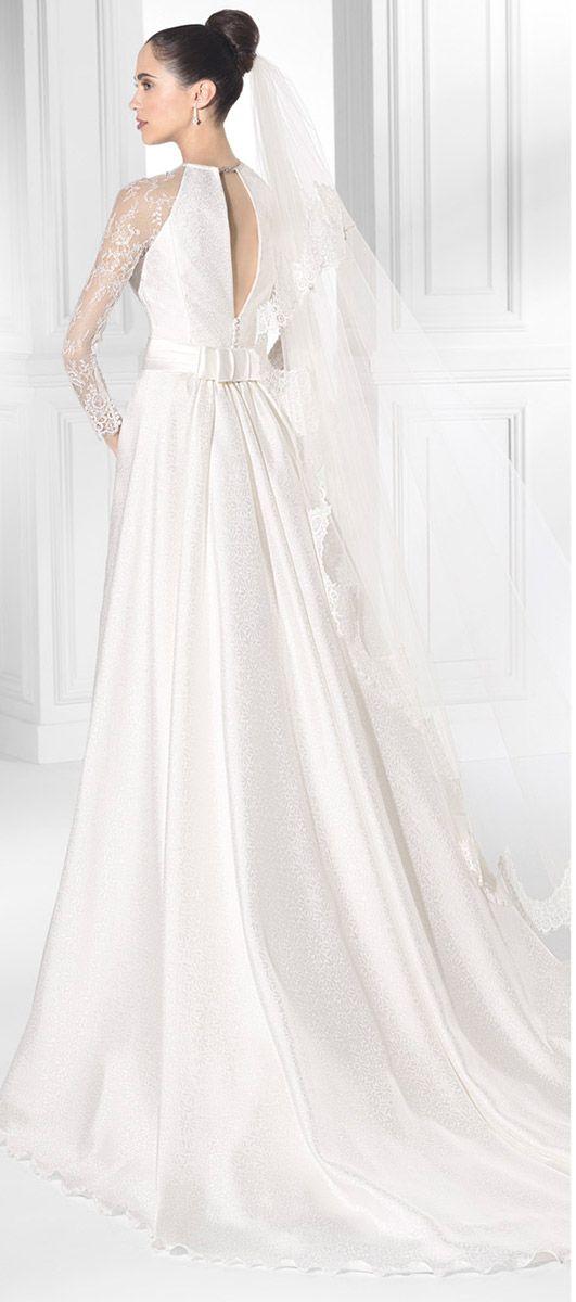 Vestido de novia Amanecer Nupcial PEHUEN-C Mas información en www.entrenovias.es