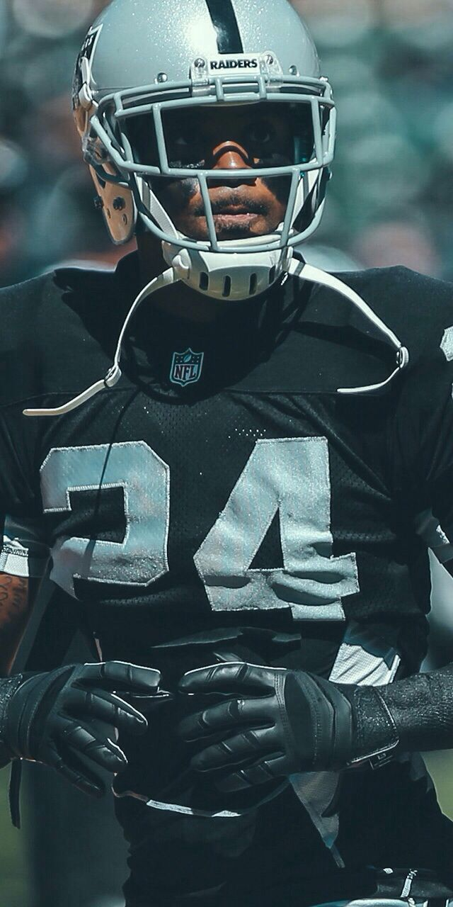 Oakland Raiders Charles Woodson