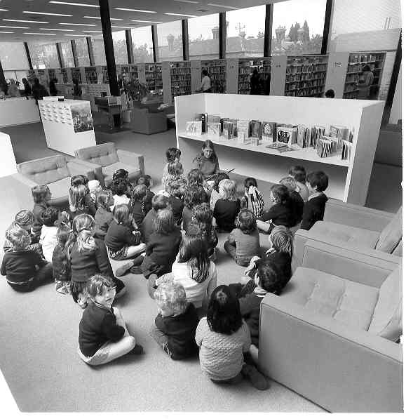 Storytime at Toorak/South Yarra Library, 1974.