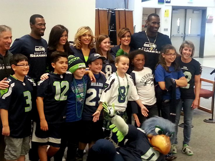 Play 60 Tuesday at Centennial Elementary --- Enter your kid's King County school for a Play 60 Tuesday with the Seahawks! http://shwks.com/tuesday