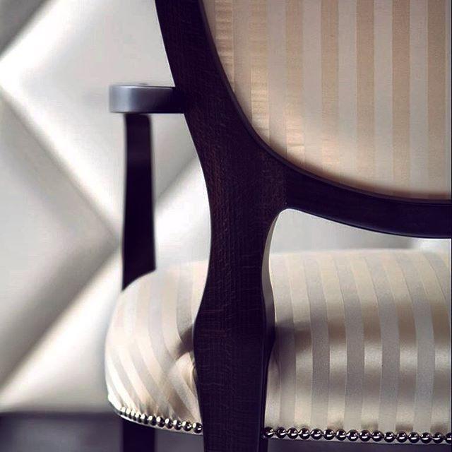 Down to the detail #madeinitaly #allinthedetails #interiors @sovereigninteriors #sovereigninteriors #luxuryfurniture #luxury #sovereigninteriors #luxuryliving #luxe #sydneyinteriors  #interiors #instainteriors #goldcoast #goledcoastinteriors #sydneyinteriors  #deluxe #design #instaluxury #instainteriors #interiorhome #interiordesign #milliondollarlisting  #sydneyhome #luxury #luxuryhome #luxurylifestyle #Italianmade #interiorsydney #goldcoastblogger