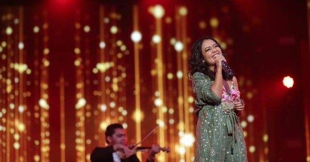The Singing Sensation The Queen Of Chartbusters Nehakakkar Mesmerized Us All With Her Super Hit Dance Numbers Iifa20 Iifah Neha Kakkar Dance Bollywood