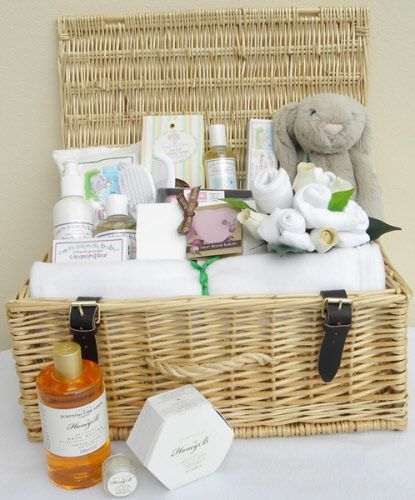 New Arrival Unisex Baby Hamper - one of our most popular baby hampers - packed full of gorgeous gifts for family and baby to enjoy.  http://www.sayitbaby.co.uk/contents/en-uk/p345_new-arrival-unisex-baby-hamper.html