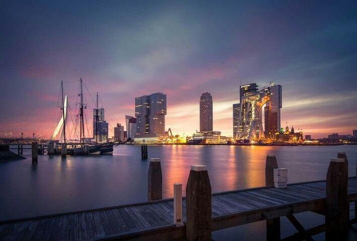 "View on Rotterdam from ""de Veerhaven"""