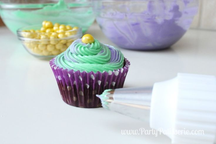 how to make grass frosting