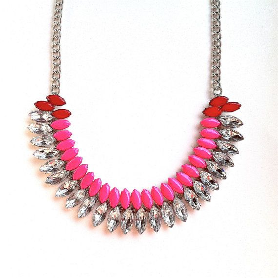 spike the punch necklaces via glitter guide