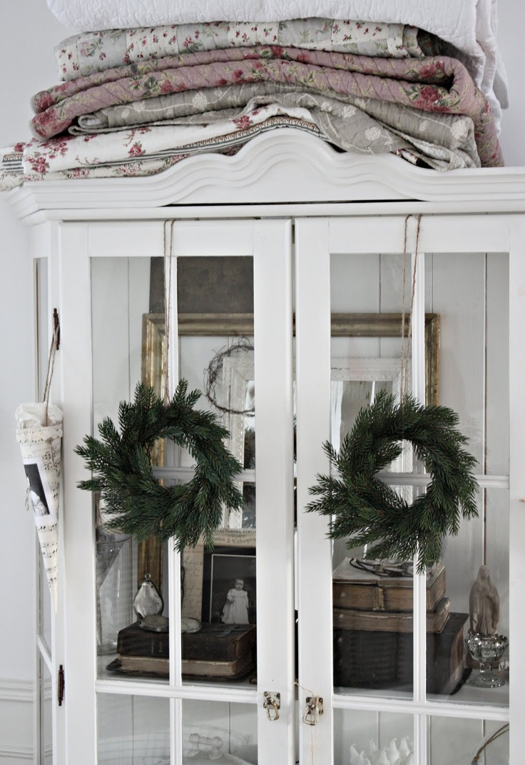 Simple Wreaths On China Cabinet Doors The Twine Can Be Attached By