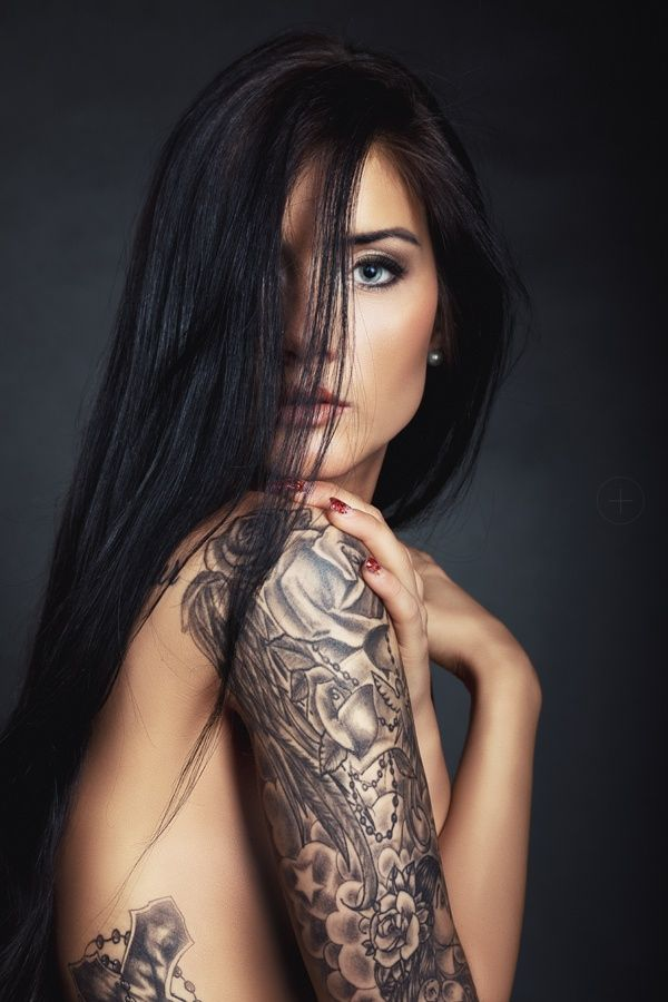 Tattooed beauty by Martin Gottwald on 500px