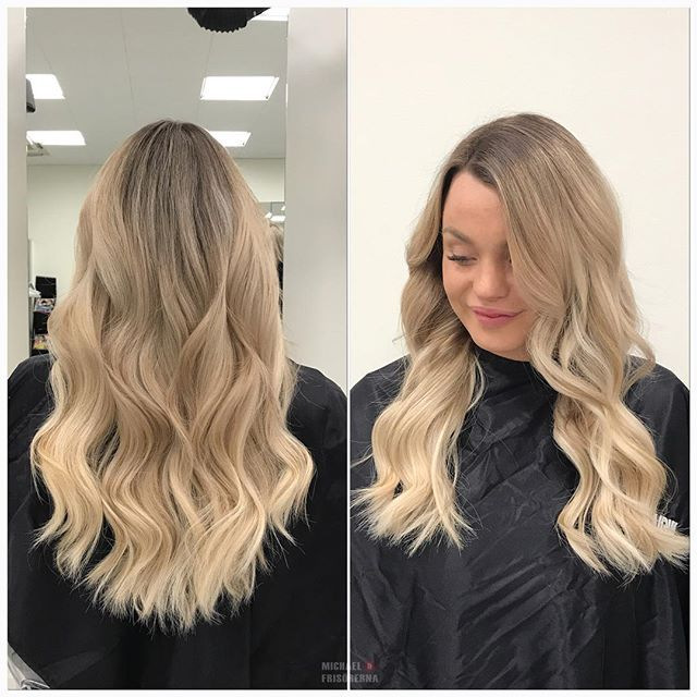 Vår fina kund @sessano var hos oss för att fräscha upp sin hårfärg och sätta i en ny hårförlängning. Håret är från @rapunzelofsweden 👌🏼💕 #michaelofrisorerna #welovemichaelofrisorerna #hairpassion