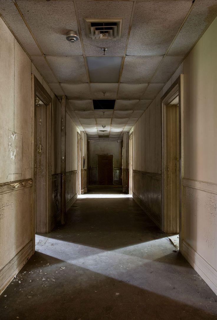 Jeremy Harris: The Architecture Of Abandoned Insane Asylums
