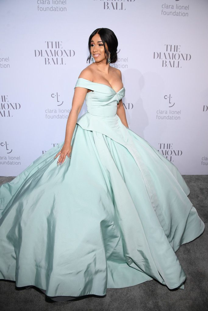 53931d70113 Cardi B - Bold Gowns That Made A Statement On The Red Carpet - Photos