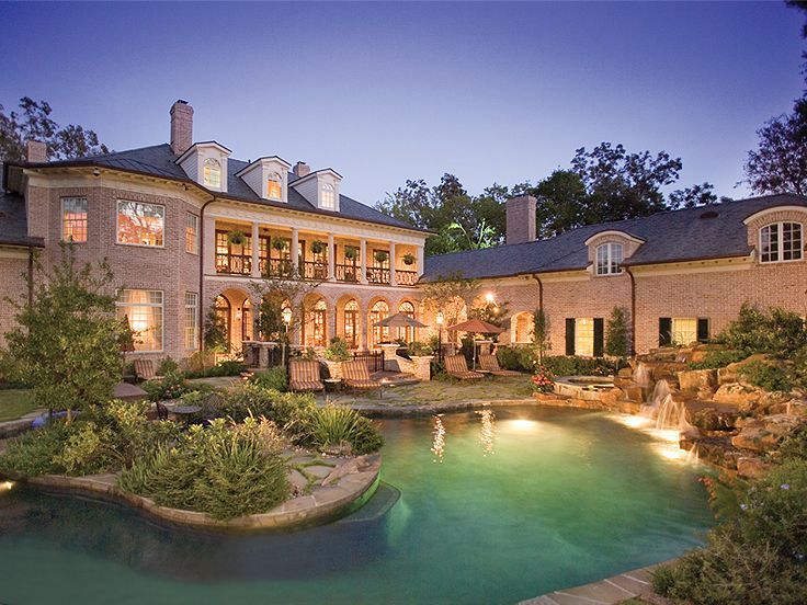 50 best southern house plans images on pinterest for Luxury plantation home plans