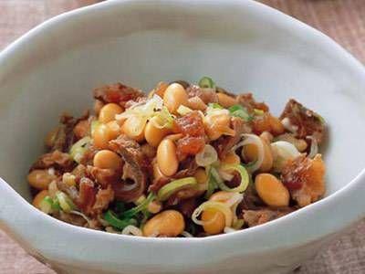 福山 秀子さんの大豆を使った「大豆と牛すじの甘辛煮」のレシピページです。 材料: 大豆、牛すじ肉、しょうが、だし、ねぎ、しょうゆ、砂糖、酒