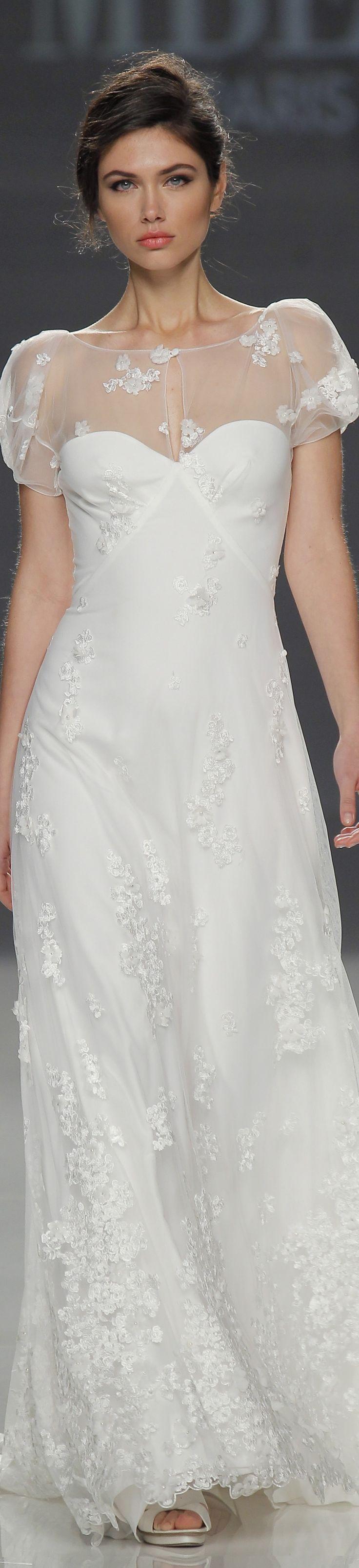 Cymbeline Spring 2018 Barcelona Bridal Fashion Week Wedding Dress Inspiration Bridal Dresses Modern Wedding Dress [ 3211 x 736 Pixel ]