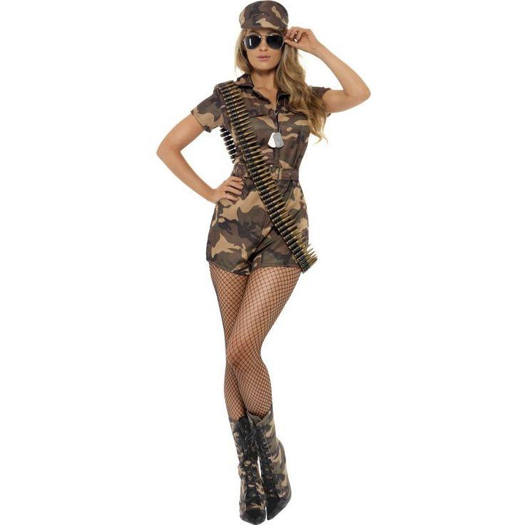 Das Sexy Army Girl Kostüm für Damen besteht aus einem kurzen sexy Hosenanzug mit Tarnfarben-Bemusterung, Gürtel und Mütze. Dass Ladys in der Army so sexy sein können, war vielen Männern sicherlich nicht bewusst. Nun sehen sie es aber mit ihren eigenen Augen, wenn sie eine Kostüm- oder Motto-Party besuchen. Kleiden sich Frauen nämlich mit dem Sexy Army Girl Kostüm und tauchen sie in diesem auf einer entsprechenden Party auf, ziehen sie unter Garantie alle Blicke auf sich. Der extrem kurz…