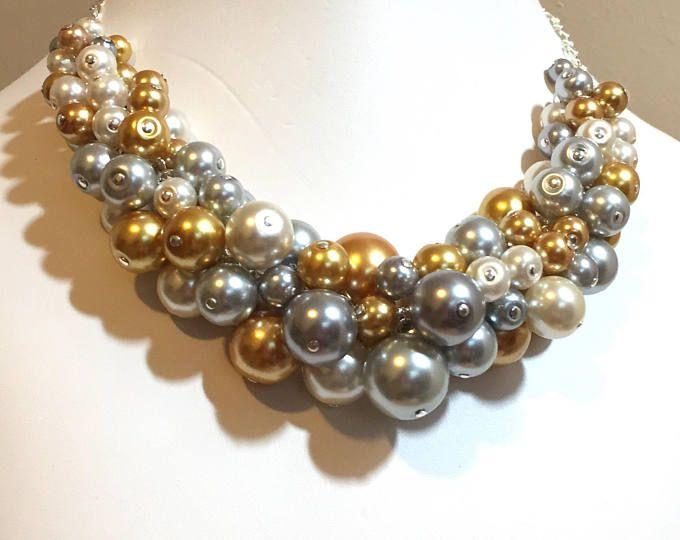 """Perlas racimo collar """"Plata y oro"""" - oro, gris y plata-grueso, gargantilla, babero, collar, boda, Dama de honor, fiesta, SRAJD, Custom"""