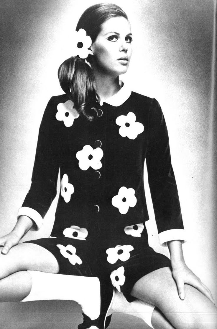 1960's fashion had many flower patterns because it was the time of the hippies. - Mary Quant fashion design