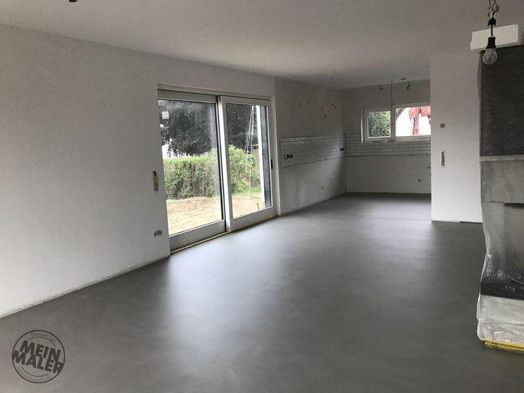 In einem Neubau in Ratingen durften wir 100qm Bodenfläche und einen Duschboden fugenlos gestalten. Die Entscheidung fiel auf die Savamea Oberfläche Rustico, die perfekt für fugenlose Böden in Betonoptik geeignet ist.