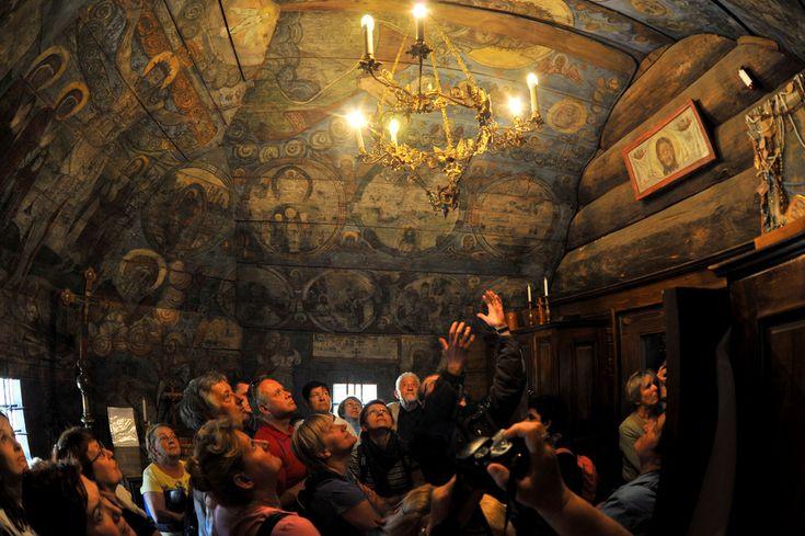 16 curiosas iglesias de madera de los Cárpatos ~ Atlas of Wonders
