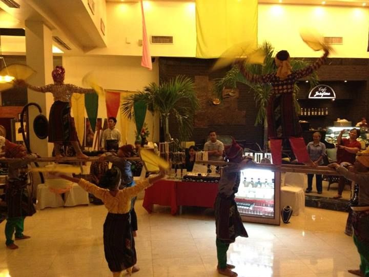 Cultural dance and performance happens at the lobby