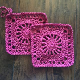 The Lincoln Square _ FREE Crochet pattern