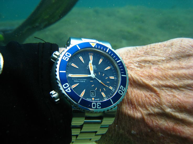 When diving at great depths, I only trust my life to Oris Watches.   Oris Limited Edition Great Barrier Reef, my Holy Grail of watches.   Thank you Oris for making such a fine diving instrument at a price the average person can afford. - Ted Heath, USA