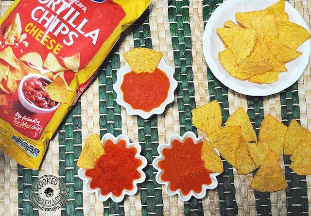 Ricetta Bimby facile e veloce : Salsa Messicana per Nachos - Degustabox http://opinionidivaniglia.blogspot.it/2016/06/ricetta-bimby-salsa-messicana-per-nachos.html