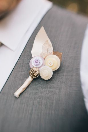 Wedding boutonniere DIY Idea. Delisser Photography