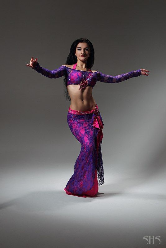 100 best images about Belly Dance on Pinterest | Belly dance outfit Shakira belly dance and ...