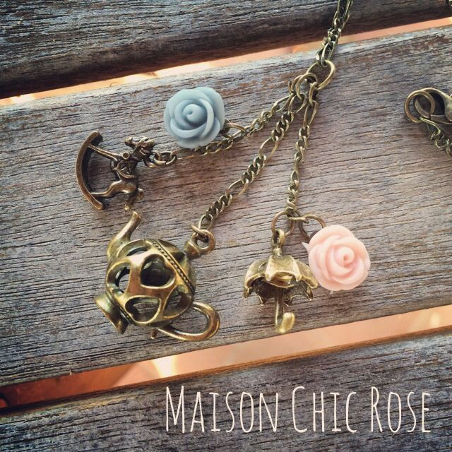 Alice in Wonderworld Necklace