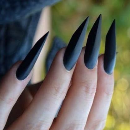Black edge nails