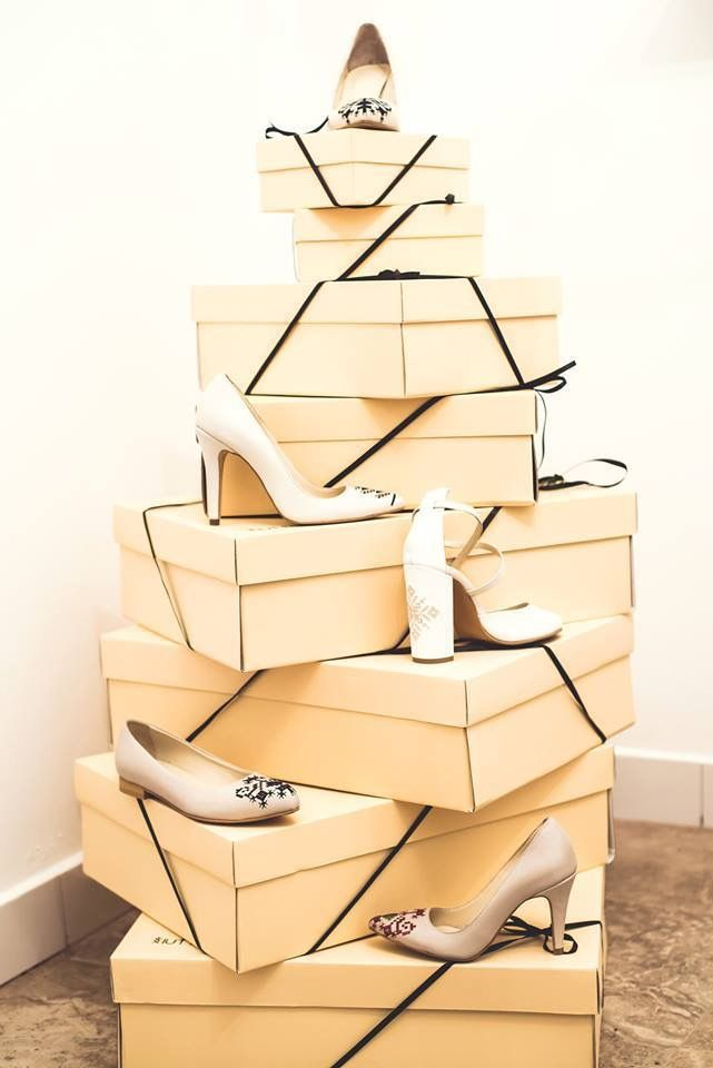 Our kind of Christmas tree. Made of beautiful embroidered high heels. #originalchristmastree #iuttafootwear