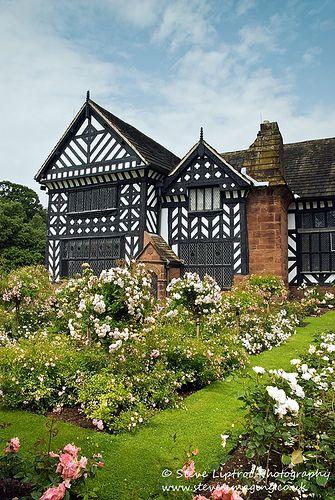 Speke Hall - Tudor house in Speke, Liverpool, England (by Steve Liptrot Photography)