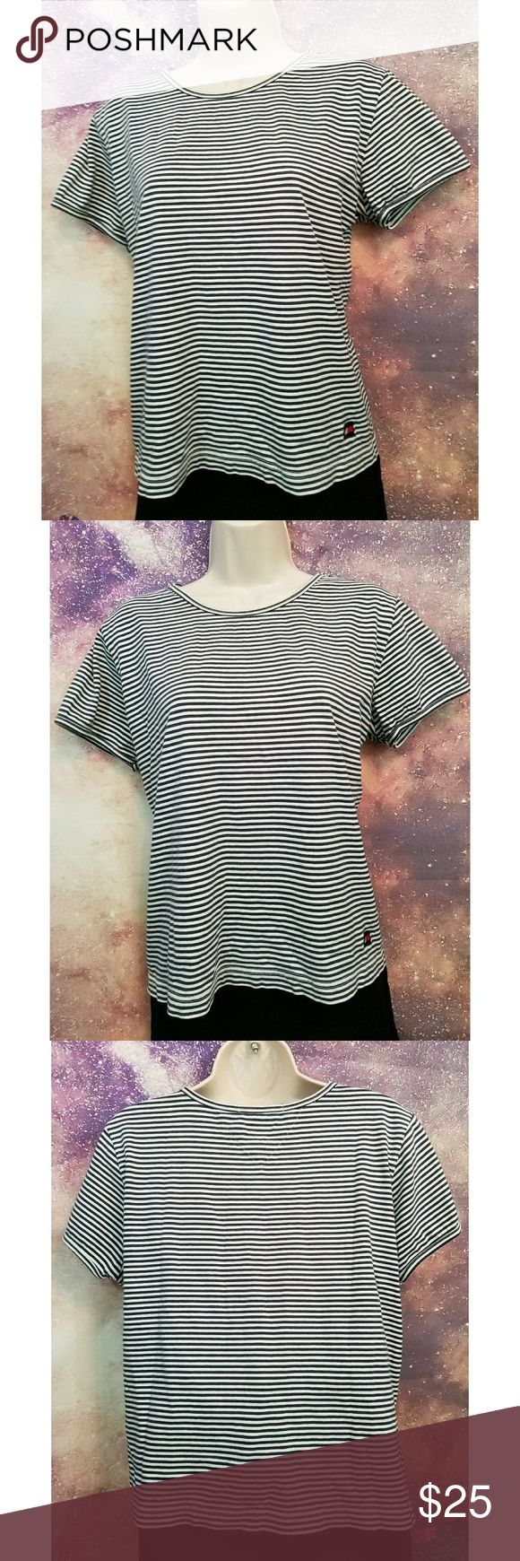 Tommy Hilfiger Stripe T-shirt Size XL blue and white stripe Tommy Hilfiger shirt Tommy Hilfiger Tops Tees - Short Sleeve