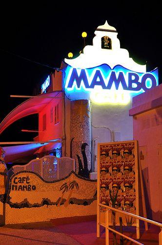 #zimmermanngoesto Cafe Mambo, an Ibiza café on San Antonio's sunset strip