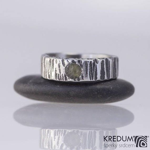 MOLDAVITE stainless steel WEDDING band, Womens, Mens bark hammered band, HANDMADE simple stone band for him, for her - Wood with a moldavite  This hand forged band is made of anti-allergic stainless steel. Surface resembles a tree bark and is gently polished. The inner side is smoothly ground and polished.