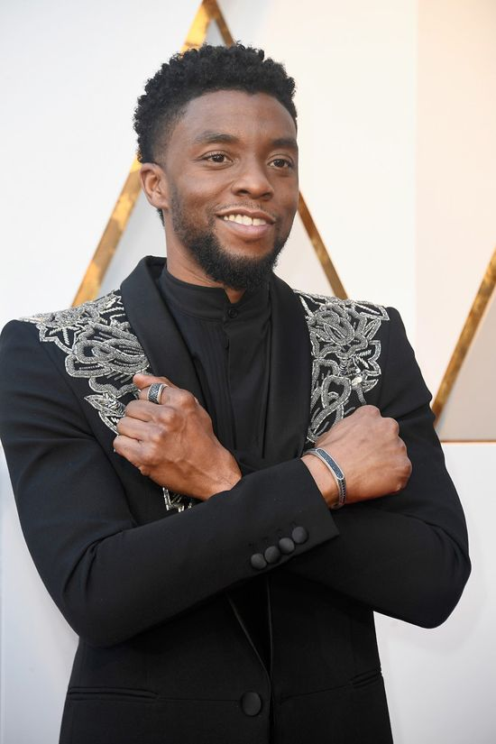 2018 Oscars: Chadwick Boseman wore a David Yurman Streamline Heirloom Cuff with Black Diamonds, Graphic Cable Band Ring with Black Diamonds, and the Pave Three-Sided Ring with Black Diamonds