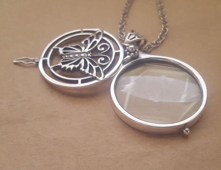 Necklace - BUTTERFLY MAGNIFYING GLASS - Sterling Silver