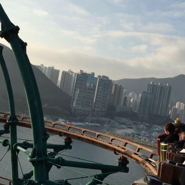 """It can't always be all work and no play!""🚂😜🎢 @hkoceanpark  #oceanpark #hongkong #island #minetrain #adventureland #aberdeen #crazy #rollercoaster #ocean #park #hk #amazing #view #amusementpark #yell #speed #amis #folie #allworkandnoplay #mine #train #roller #coaster #hkoceanpark #goodtime #friends  @beapauly @lise.zeli @tony_dsl"