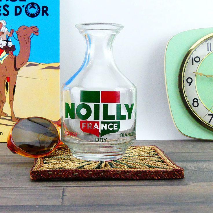 Ancien Pichet à Eau Pour Pastis - Carafe Bistro français Vintage années 1950-60 Noilly par ChezUlysseVintage sur Etsy https://www.etsy.com/fr/listing/288278763/ancien-pichet-a-eau-pour-pastis-carafe