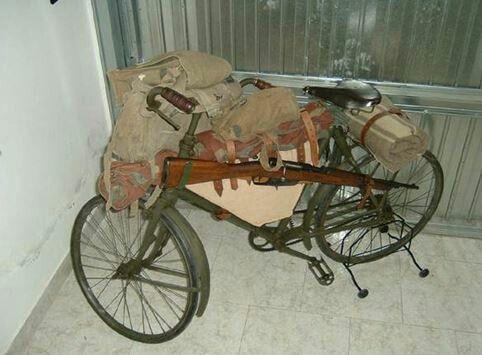 La bicicletta Bianchi pieghevole in uso dai reparti bersaglieri