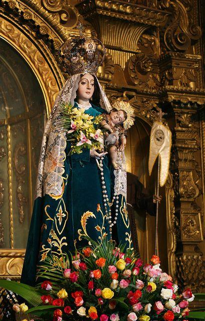 Virgen del Rosario, Patrona de Quetzaltenango 2011 by Harry Díaz, via Flickr