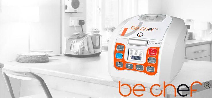"""¡Olvídate de cocinar! Prepara los mejores platos con el Robot de cocina Chef """"Cocina Fácil"""". Hornea, asa, realiza guisos, plancha, fritos, sofritos, al vapor, sopas, pastas, arroces, y ¡muchos más!  Recibe de REGALO un RECETARIO con más de 200 ideas, ¡para chuparse los dedos!"""