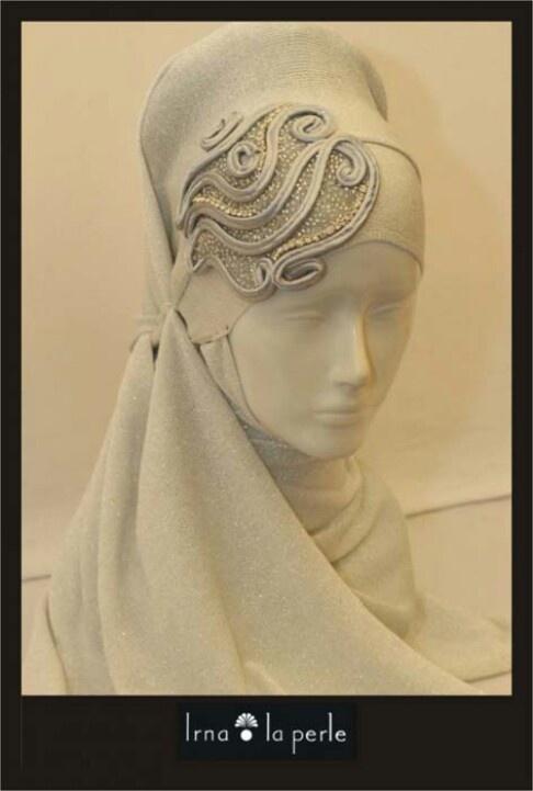 Bridal hijab accessory