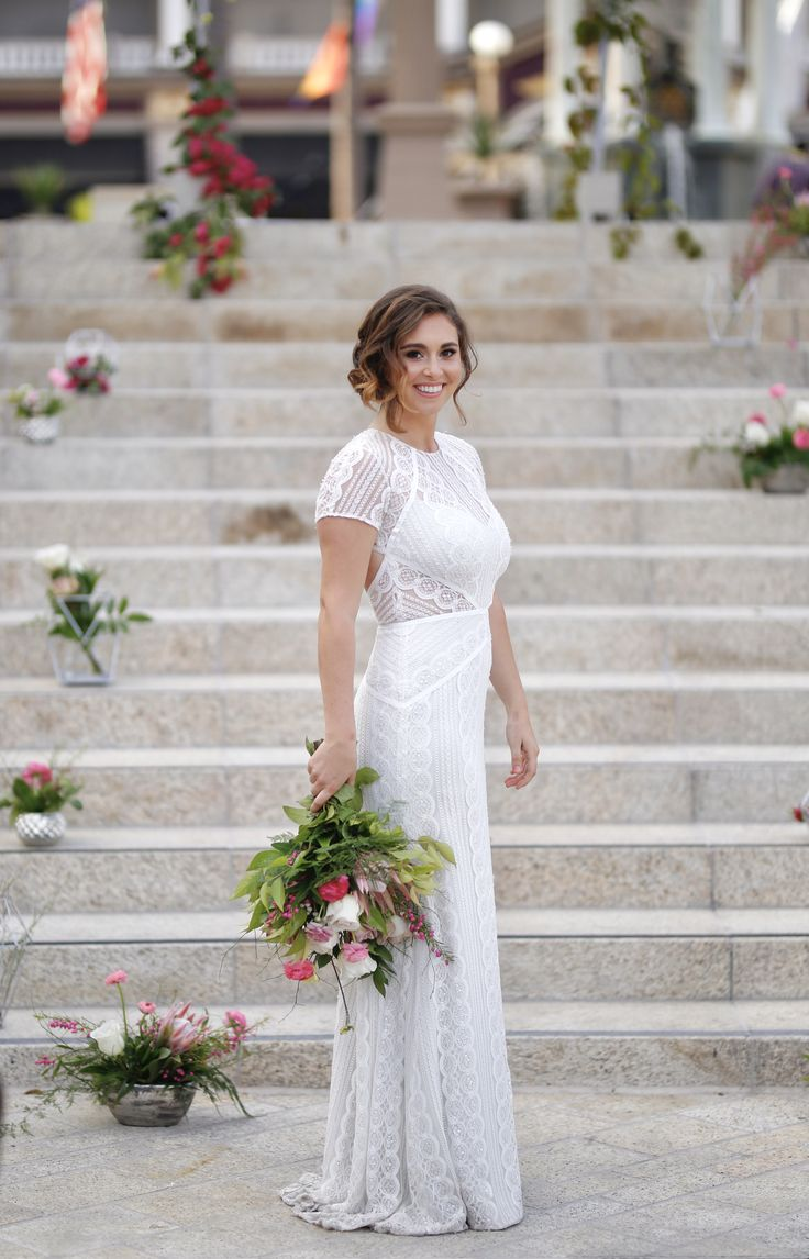 Urban Chic Wedding Inspiration With Pops Of Pink