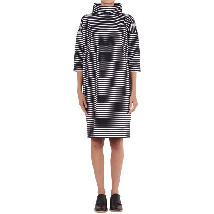DAYNA SWEAT DRESS BLK-WHITE | Alpha60