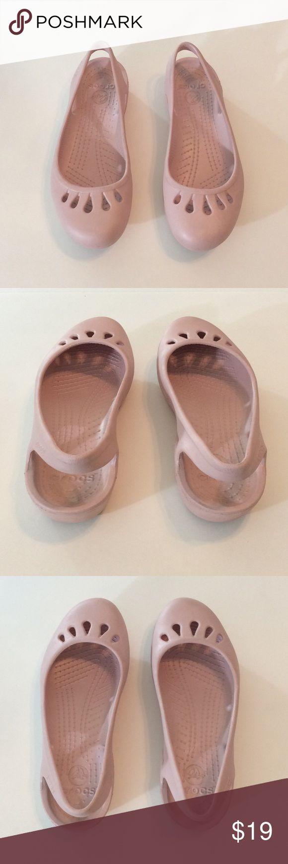 Labor Day Sale  Adorable Crocs | Size 9 Excellent condition. Comfortable to wear. CROCS Shoes Flats & Loafers