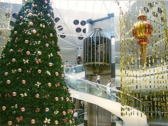 Westfield Belconnen Mall by ScandinavianBalts, via Flickr