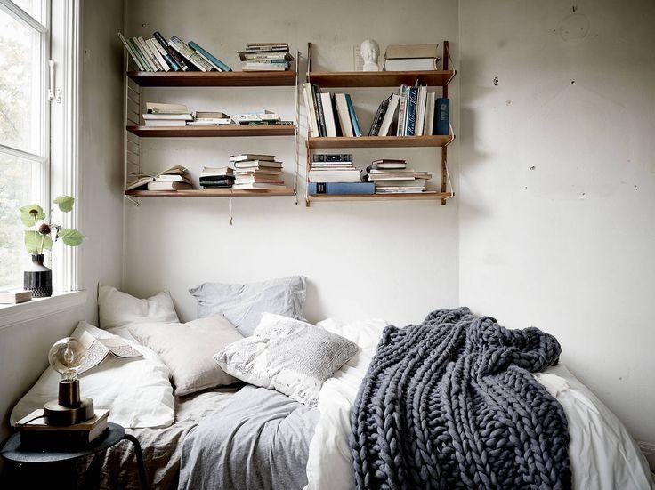 decordemon lvsborgsgatan 34 earthy tones for a swedish apartment - Earthy Bedroom Ideas